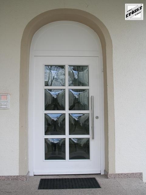 Sie sehen Bilder aus dem Artikel: Haus- / Eingangstüren